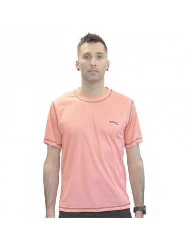 camiseta técnica ligera de hombre color coral