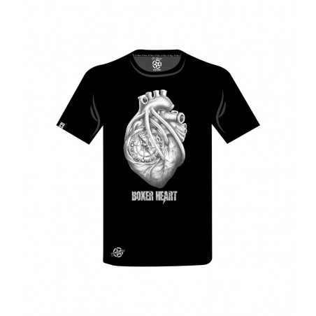 camiseta negra con un corazón en color blanco de el bronx